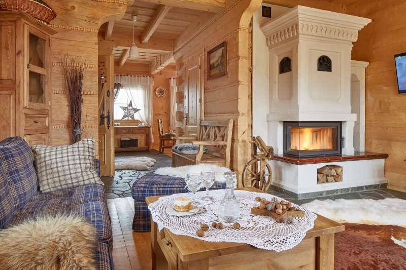 Two luxury wooden cottages near Zakopane with Hot-Tub, Sauna and Pool, vacation rental in Rzepiska