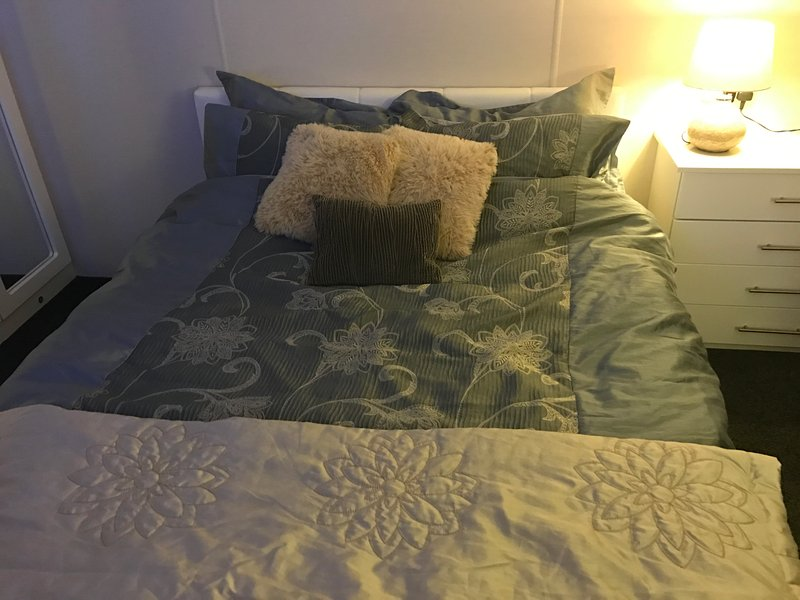 bed linen provided (maybe different but simler)