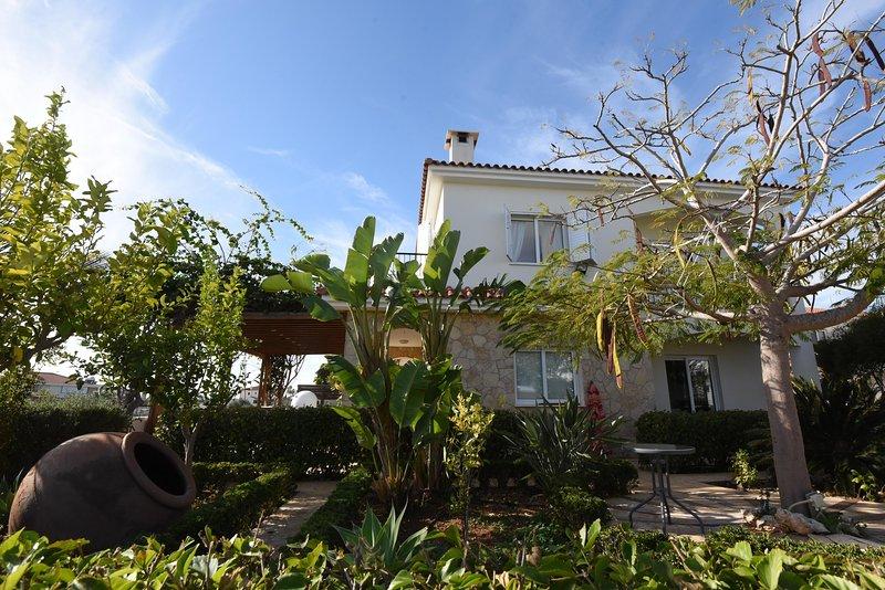 Villa Gardenia , superb Garden!