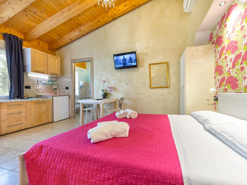Apt. Monolocale-Residenza Le Dimore, holiday rental in Bovolone