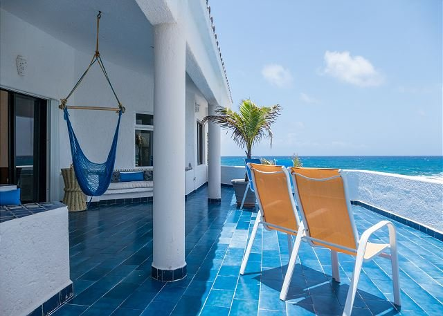 The bay views are breathtaking and the ocean is perfect for snorkeling!, vacation rental in Akumal