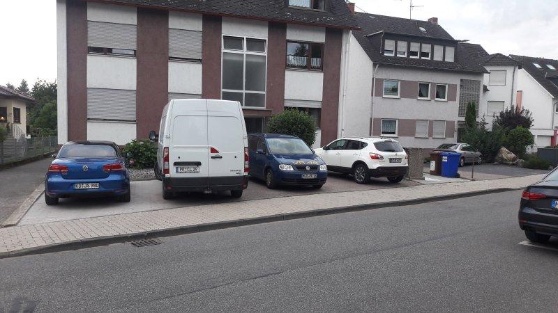 helle Souterrain Wohnung im Apartmenthaus-Abendsonne mit 5 Ferienwohnungen, location de vacances à Coblence