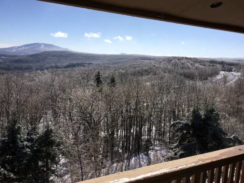 Bromley Mountain deck view