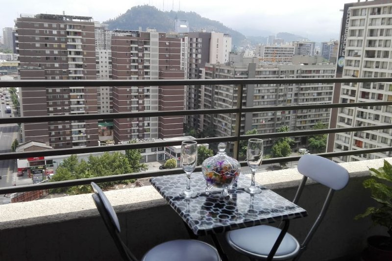 Beautiful Apartment in Downtown Santiago, holiday rental in Nunoa