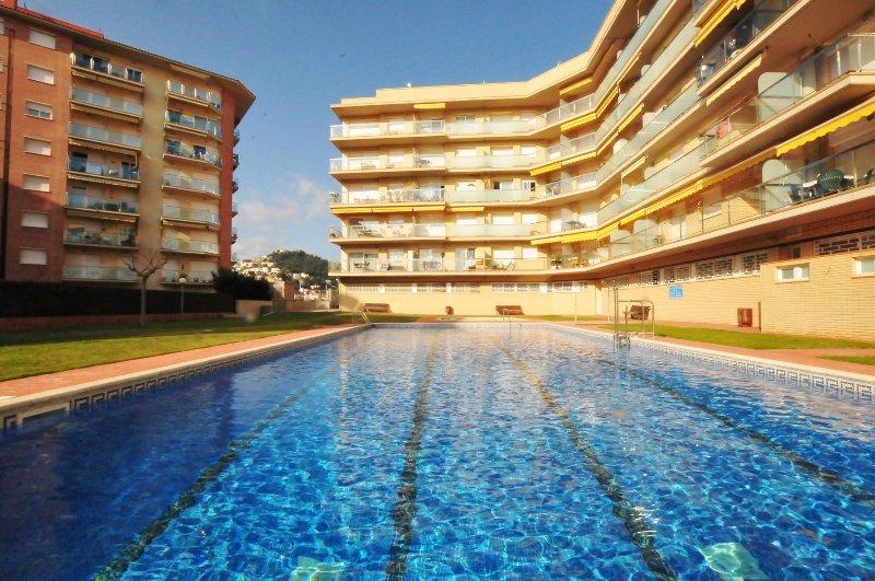 OS HomeHolidaysRentals Light - Costa Barcelona, location de vacances à Malgrat de Mar