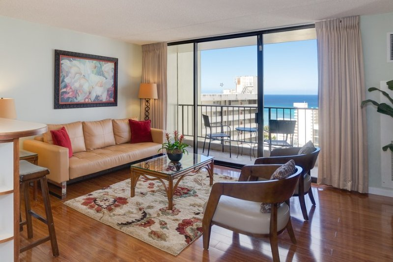 Great Location!  Incredible View!, holiday rental in Honolulu
