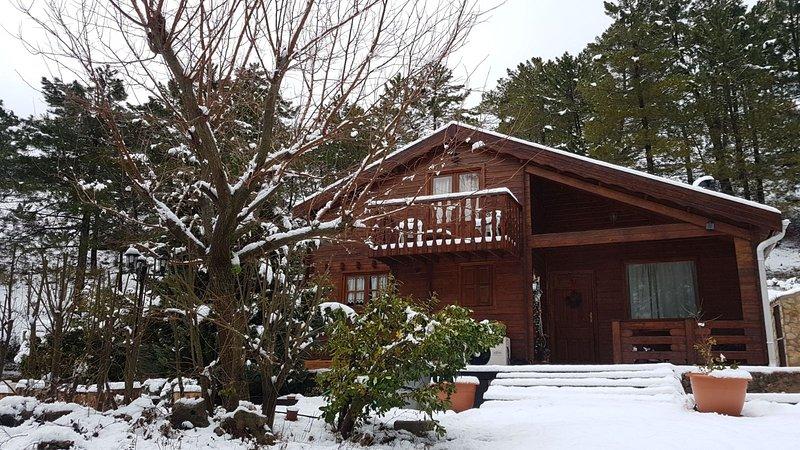 Framsidan av snöhuset