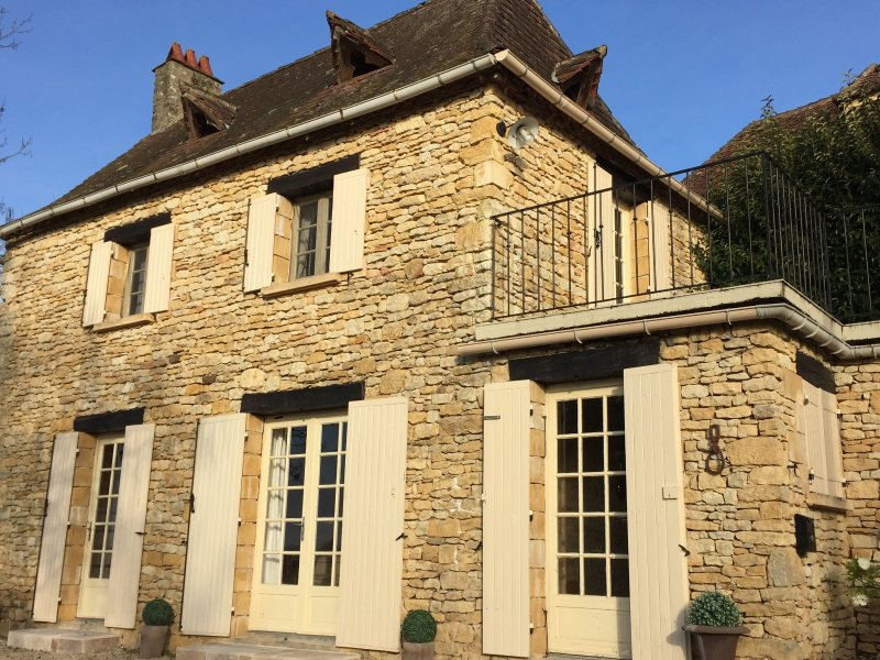 The house facade Recoux