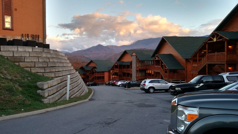 2 Bedroom Cabin at Westgate Smoky Mountain Resort & Spa, location de vacances à Gatlinburg
