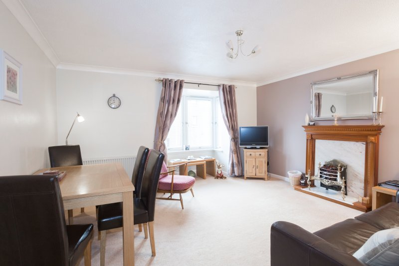 Burnham - Luxury Apartment in Musselburgh, holiday rental in Pathhead
