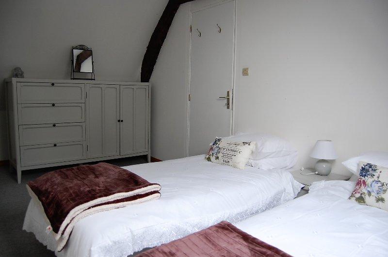 Las camas en la segunda habitación se pueden organizar como una cama doble o 2 individuales