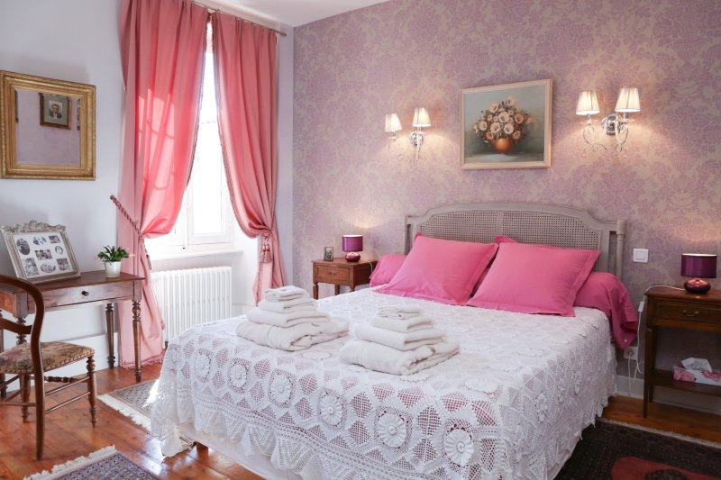Chambre suite d'Yvette & Raymond, holiday rental in Soual