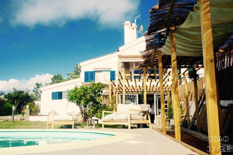 Badu's Jungle Family Apartment, holiday rental in Magoito
