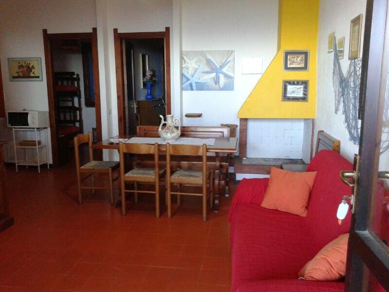 vacanza in sardegna in villetta fronte mare a 20m. circa dalla spiaggia, vacation rental in Santa Margherita di Pula