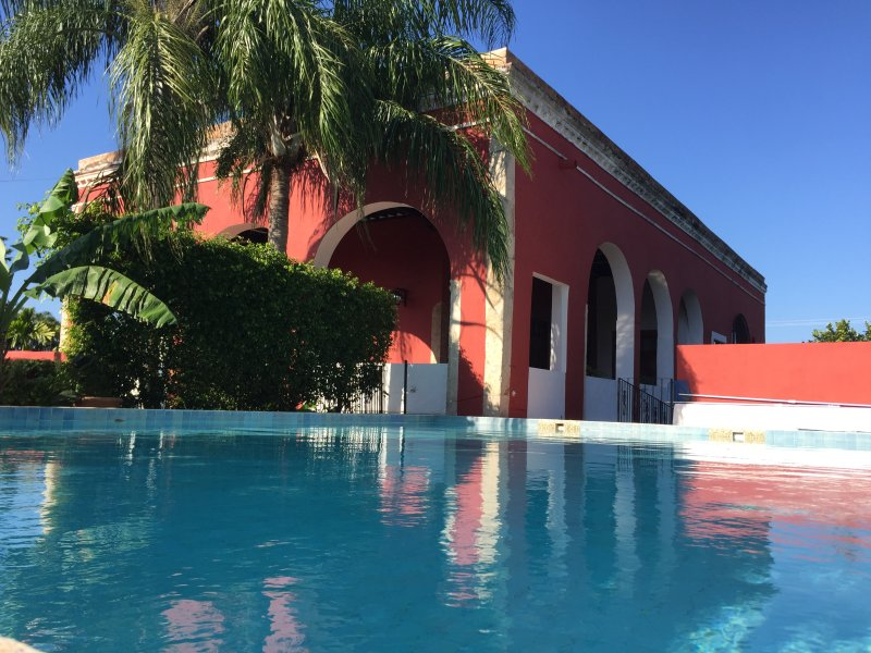 Hacienda Kaua, spacious colonial home in Merida, holiday rental in Acanceh