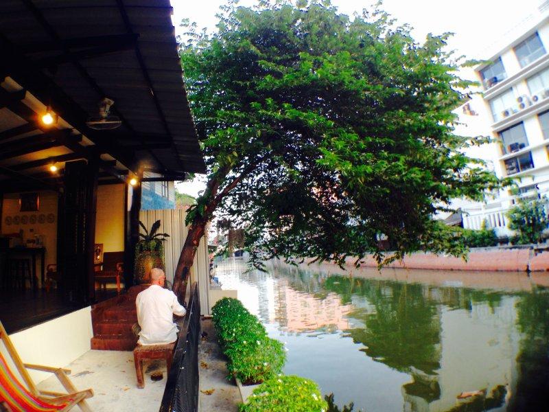 VIMAN GUESTHOUSE : Budget Single Room, holiday rental in Bang Kruai