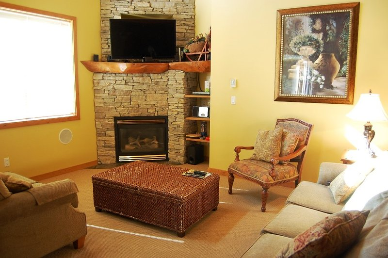 Unwind in front of the cozy fireplace.