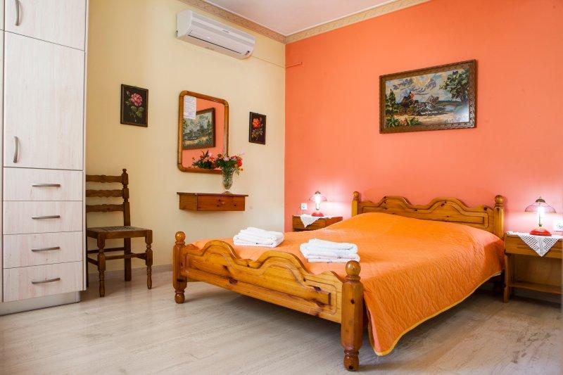 Tzivras Two-Bedroom Apartment, Ferienwohnung in Lassi