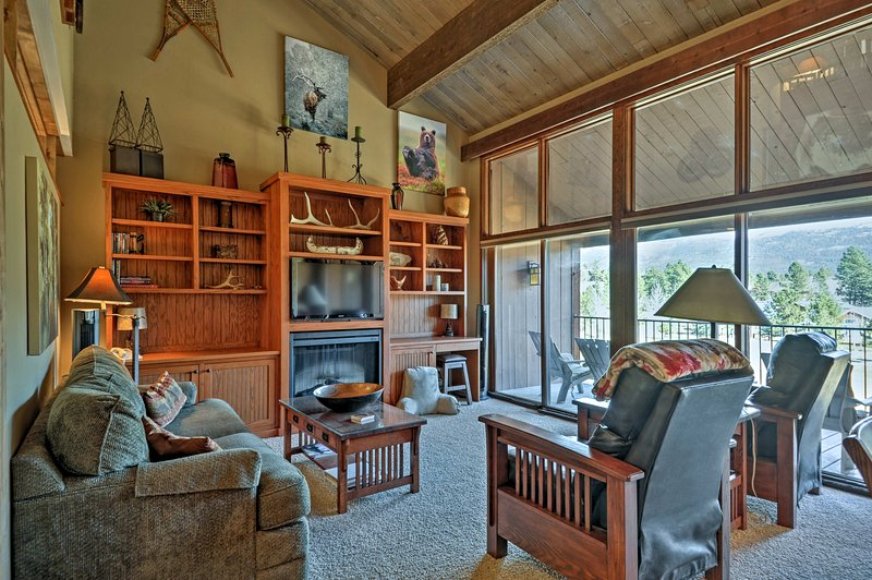 Plan your next mountain escape to this gorgeous 2-bedroom, 2-bathroom vacation rental house 18 miles north of Durango.