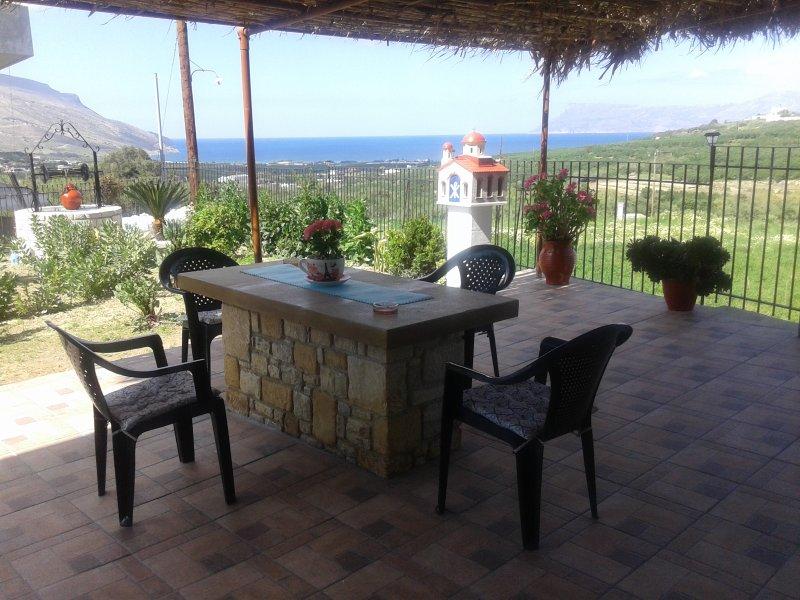 ' Gramvousa's filoxenia apartment '(a big appartment near Balos and Falassarna), holiday rental in Kaliviani