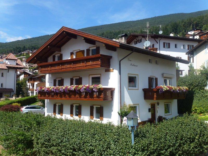 Casa de vacaciones Cesa Rabanser Apartamentos en Ortisei / Val Gardena en las Dolomitas Italia
