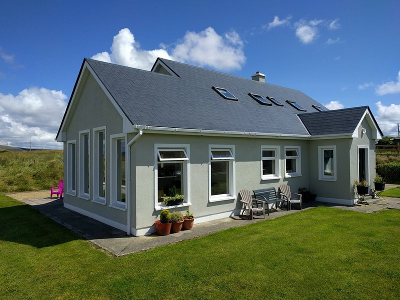 Island View House, Belmullet, vacation rental in County Mayo