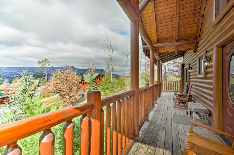 3br Cabin Mins From Great Smoky Mountains Parkway Updated