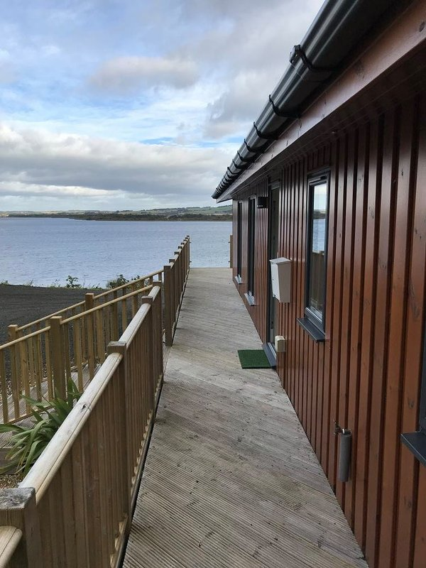Luxury Lodge with far reaching views over Loch Leven, Kinross.