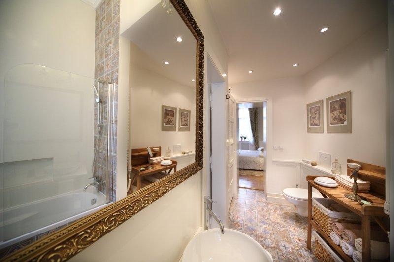 Master bath with heated floors