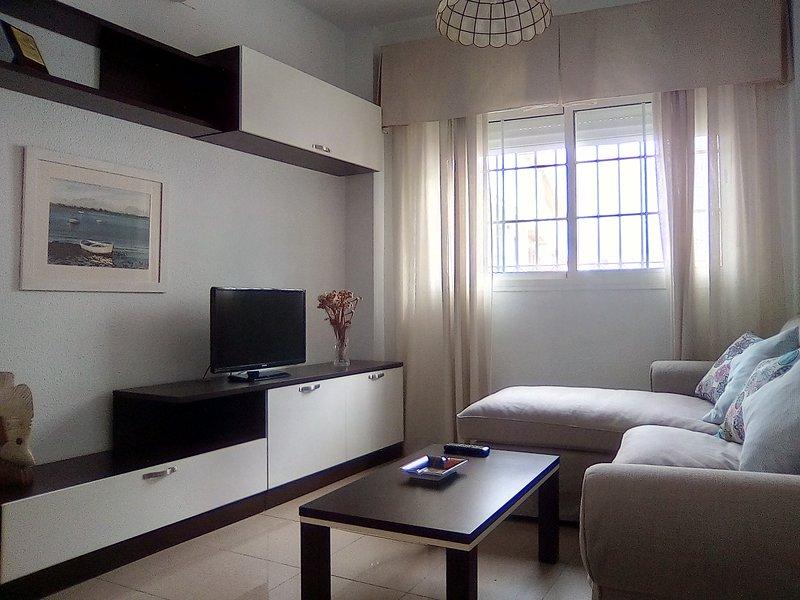 Apartamento en Punta Umbría, holiday rental in Punta Umbria