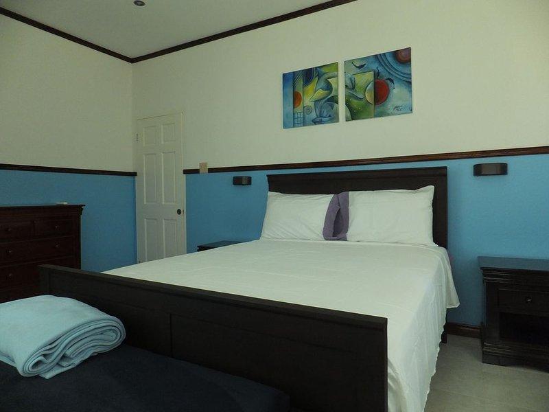 ONEIL'S VILLA, vacation rental in Runaway Bay