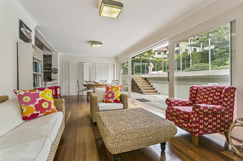 Summery, spacious 4 bed home in Kurraba Point, vacation rental in Cremorne