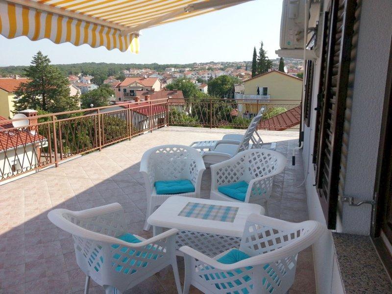 Apartman 'C'  - top of the house, aluguéis de temporada em Malinska