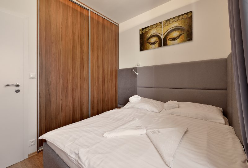Chill Apartment in Old Town, holiday rental in Karlova Ves