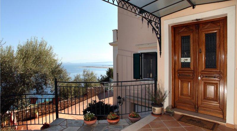 Villa Andronice, holiday rental in Tsoukalades