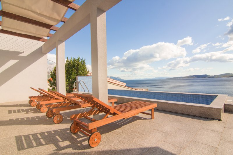 Holiday House Botta, vacation rental in Marusici