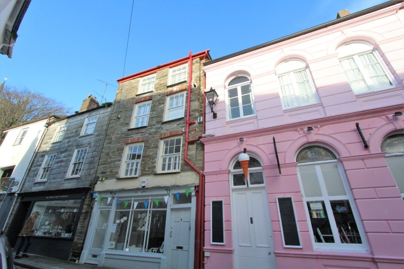 Quayside, holiday rental in Fowey