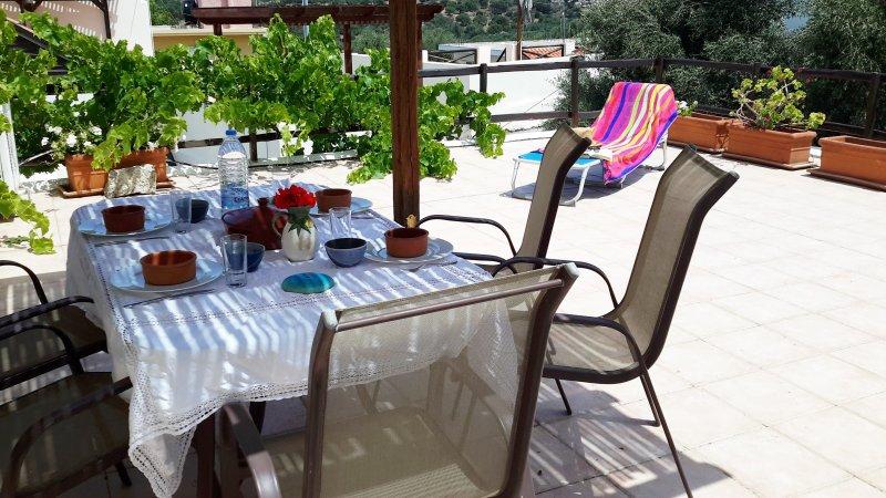 Shipmates Houses, holiday rental in Epano Sisi