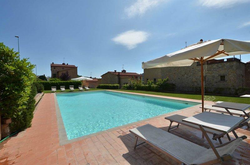Villa Gaiole, Borgo di Gaiole, holiday rental in Gaiole in Chianti