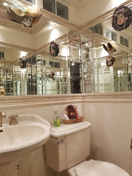 Guests bathroom