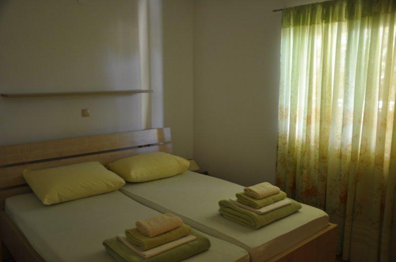 Apartment Viveniti Green, holiday rental in Klenovica