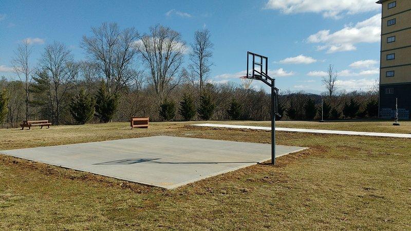 Baloncesto y tejo