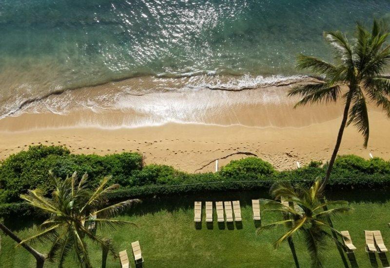Stunning Penthouse Oceanfront 1 bedroom 1 bath, sleeps 2 adults only, alquiler de vacaciones en Ka'anapali