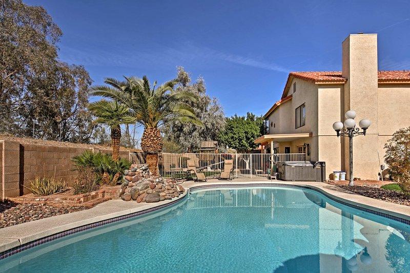 Tomber en amour avec la vallée du Soleil dans ce luxueux hôtel 4 chambres, location de vacances 3 salles de bain maison.