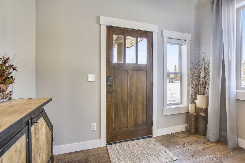 Front entry with open foyer.