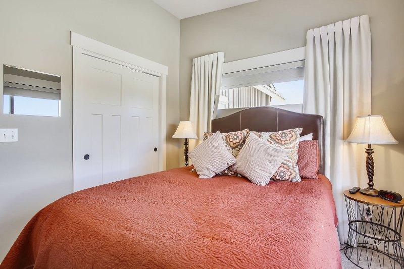 3rd  bedroom suite.