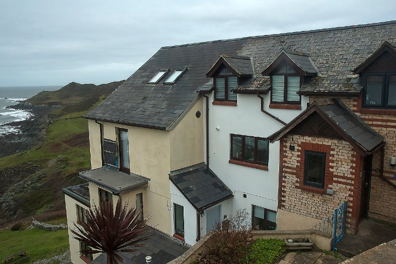 Delightful Seaside Cottage, stunning coastal views., holiday rental in Mortehoe