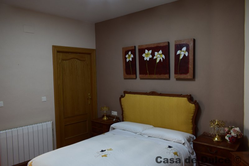 Casa Rural - Casa de Dulce, holiday rental in Purullena