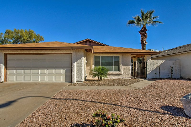 Located just minutes from Scottsdale's most popular attractions, this home's location can't be beaten!