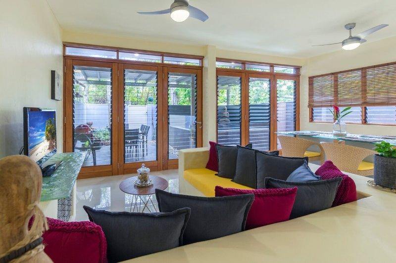 Open plan loungeroom